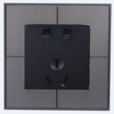 五孔墙面插座